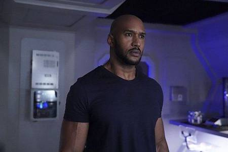 Agents of SHIELD6x12 13 (9).jpg