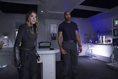 Agents of SHIELD6x12 13 (10).jpg