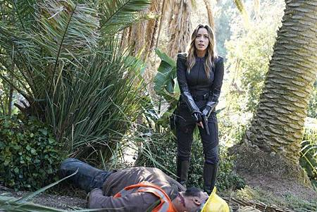 Agents of SHIELD6x12 13 (20).jpg