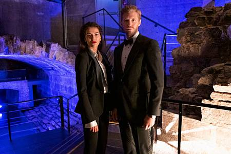 Blood & Treasure 1x13 (1).jpg