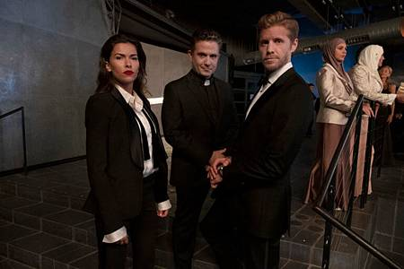 Blood & Treasure 1x13 (2).jpg