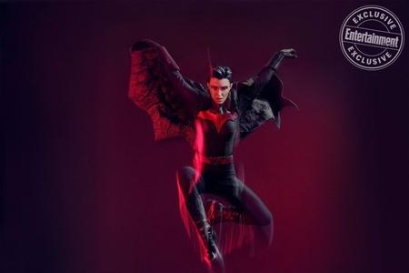 Batwoman 1x1 (12).jpg