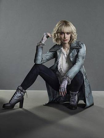 Alice(Rachel Skarsten).jpg