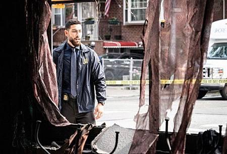 FBI 2x1 (8).jpg