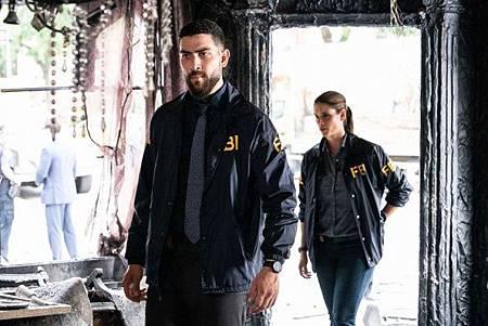 FBI 2x1 (9).jpg