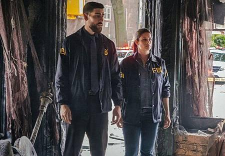 FBI 2x1 (15).jpg