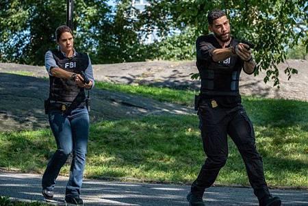 FBI 2x1 (22).jpg