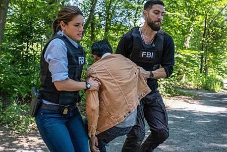 FBI 2x1 (23).jpg