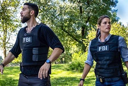 FBI 2x1 (24).jpg