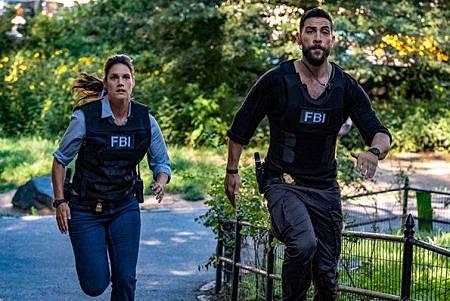 FBI 2x1 (25).jpg