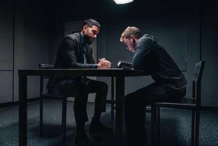 FBI 2x1 (31).jpg