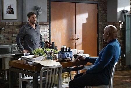 Grey's Anatomy 15x1 (11).jpg