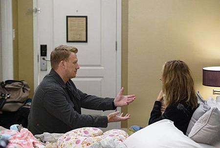 Grey's Anatomy 15x1 (20).jpg