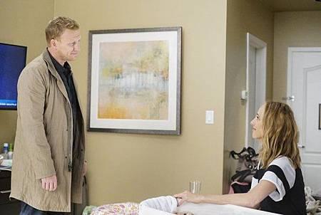 Grey's Anatomy 15x1 (21).jpg