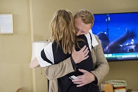 Grey's Anatomy 15x1 (23).jpg