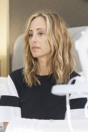 Grey's Anatomy 15x1 (27).jpg
