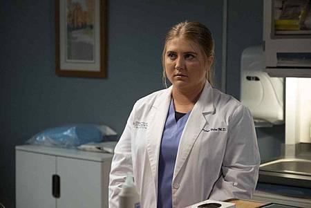 Grey's Anatomy 16x2 (3).jpg