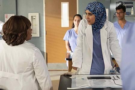 Grey's Anatomy 16x2 (9).jpg