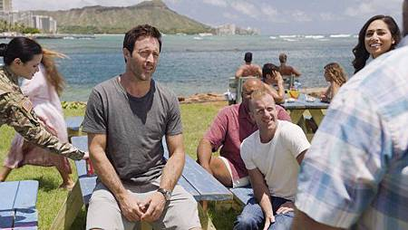 Hawaii Five-0 10x1 (11).jpg