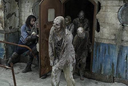 The Walking Dead S10 (18).jpg