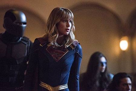 Supergirl 5x1 (8).jpg