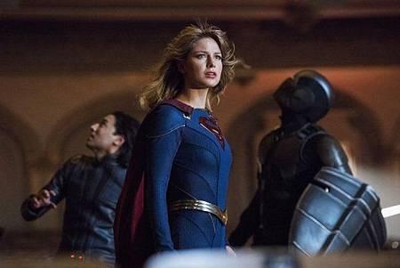 Supergirl 5x1 (9).jpg