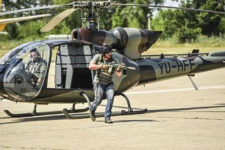 SEAL Team 3x02-08.jpg