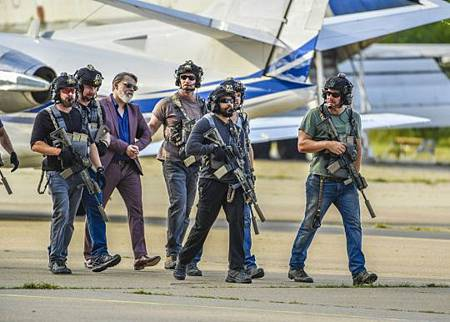 SEAL Team 3x02-05.jpg