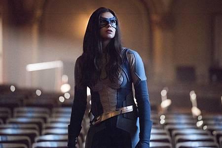 Supergirl 5x1(20).jpg
