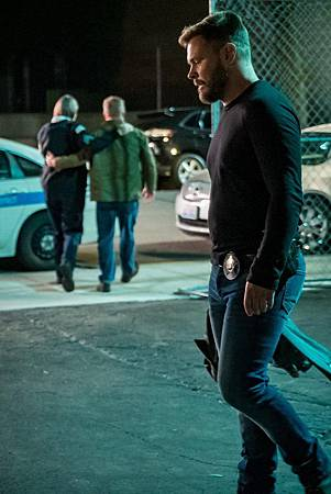 Chicago PD 7×4 (16).jpg