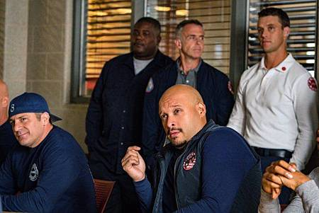 Chicago Fire 8x4 (14).jpg
