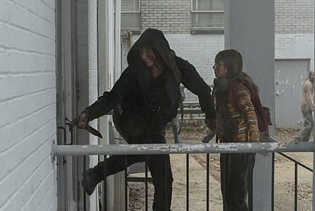The Walking Dead 10×2 (10).jpg