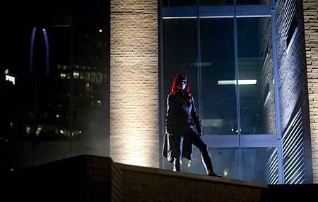Batwoman 1×4 (2).jpg