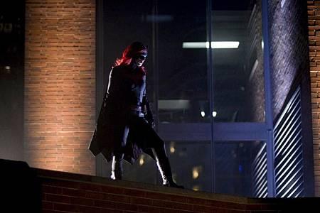 Batwoman 1×4 (3).jpg