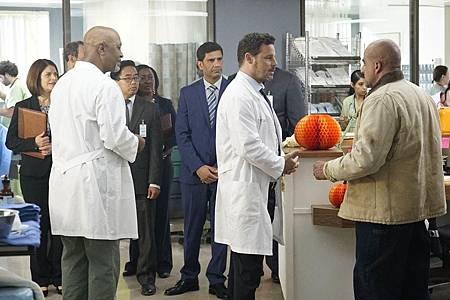 Grey's Anatomy 16×6 (6).jpg