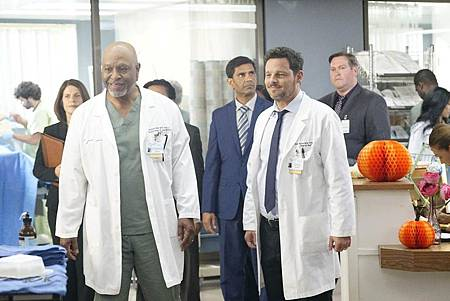 Grey's Anatomy 16×6 (7).jpg