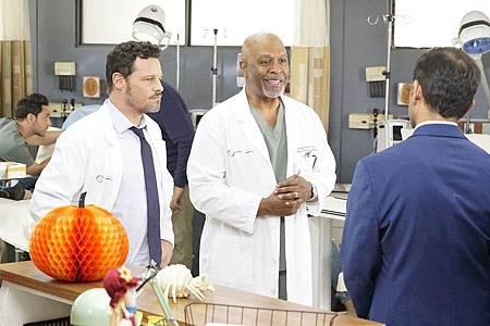 Grey's Anatomy 16×6 (10).jpg