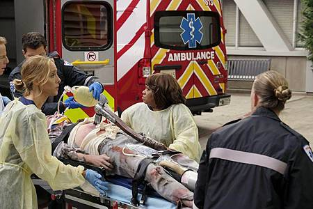Grey's Anatomy 16×6 (30).jpg