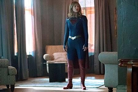 Supergirl 5×3 (10).jpg