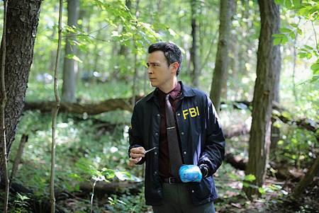 FBI  2×5 (15).jpg