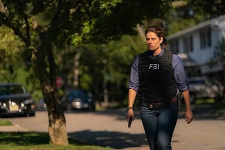 FBI  2×5 (23).jpg