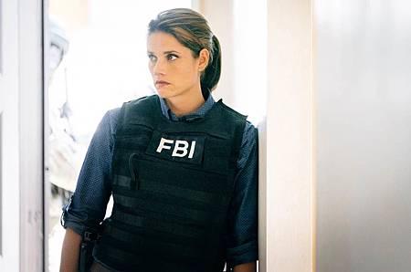 FBI  2×5 (29).jpg