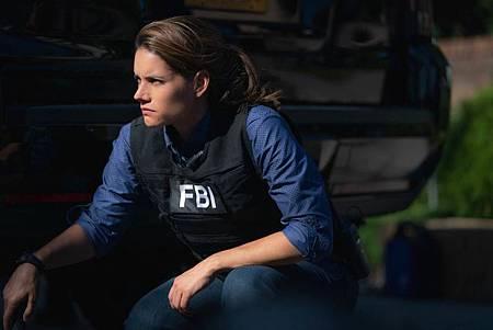 FBI  2×5 (27).jpg