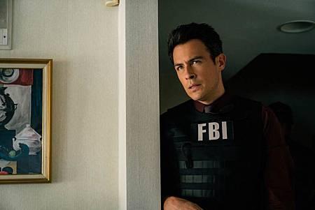 FBI  2×5 (36).jpg