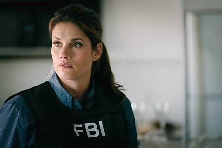 FBI  2×5 (44).jpg