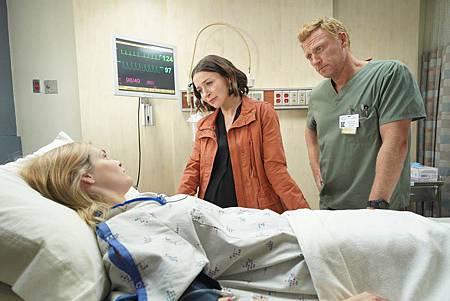 Grey's Anatomy 16×7 (5).jpg