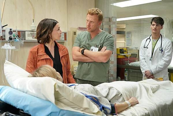 Grey's Anatomy 16×7 (11).jpg