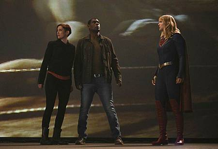 Supergirl 5×4 (13).jpg