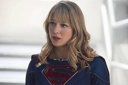 Supergirl 5×4 (1).jpg