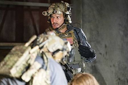 SEAL Team 3x04-11.jpeg